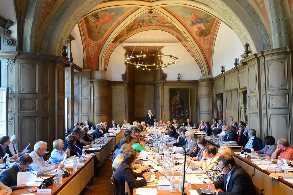 Ratssitzung: Im historischen Aachener Rathaus wird nach wie vor regiert.